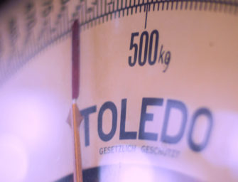 Can a Scale that Leverages Behavioral Economics Help You Lose Weight? (Podcast interview with Professor Dan Ariely)