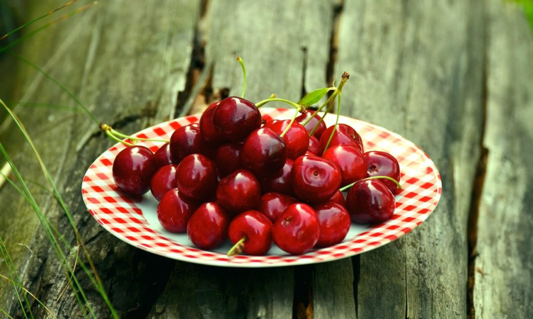 cherries-fruits-sweet-cherry-cherry-harvest-162804